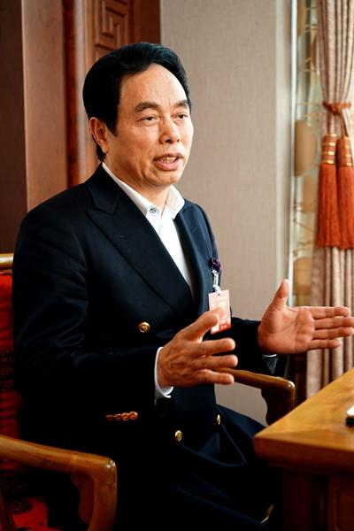 波司登集团董事长高德康:智能制造助力产业转型
