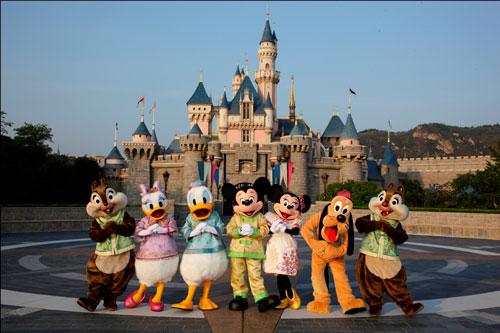 香港迪士尼扩建成定局 是否带来巨额经济效益?