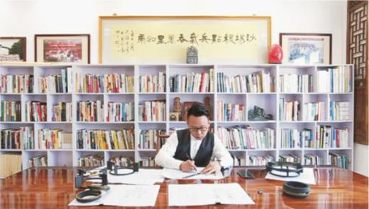 """超人厨卫罗子健:在企业与文学""""飞地""""中潇洒散步"""