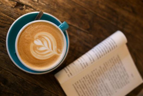 速溶咖啡VS现磨咖啡 大众化装修VS钡瑞全屋定制